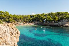 Cala Gat (hrolapp) Tags: baden bucht bäume felsen himmel mallorca meer sonne strand urlaub wald wasser wolken capdepera balearischeinseln spanien es