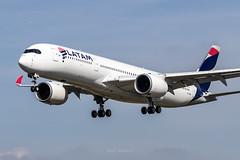 Airbus A350-941 A7-AMA Qatar Airways (msd_aviation) Tags: qatar qatarairways latam latamairlines latambrasil a7ama airbus airbusa350 a350 a350900 a350xwb lebl bcn barcelona elprat airport landing spotters spotting planes airplanes planespotting