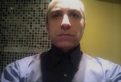 Eerie ego (Gilbert-Noël Sfeir Mont-Liban) Tags: selbstbildnis photoportrait autophoto augen autoportrait selfie selfportrait autoritratto yeux eyes licht lumière light mann homme man guy