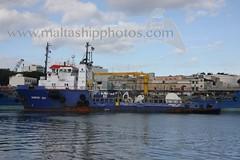 #MAINPORT_OAK berthed at #Valletta (#Grand_Harbour), #Malta - 29.12.2010 - www.maltashipphotos.com (Malta Ship Photos & Action Photos) Tags: sea bunkering mhl flag former smit lloyd 32 mainport irish offshore oil