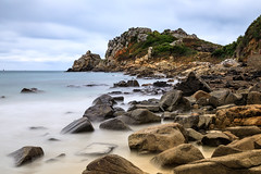 Plage de Trestignel (callifra7) Tags: canoneos5dmarkiv ef24105mmf4lisusm bretagne cotesdarmor plage beach poselongue longexposure