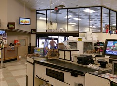 Exiting the Millington Kroger (l_dawg2000) Tags: 2017 2017remodel bakery dairy delicatesen floraldepartment food formergreenhousestore freshandlocal grocery grocerystore kroger localflair millington pharmacy tennessee tn unitedstates usa
