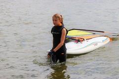 Weekend in Zeewolde (Steenvoorde Leen - 8.9 ml views) Tags: zeewolde rcn flevoland vakantiepark 2017 flevopolder holliday park urlaub surfschool surfen surfplank surfboard surfbett windsurfen surfdag windsurfing girl teen rcnvkntieparkzeewolde surfdagzeewolde evenementzeewolde surffestival event wolderwijd surfschoolzeewolde rcnvakantieparkzeewolde weekendinzeewolde 2018weekendinzeewolde
