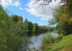 Stourport on Severn, Worcestershire (Tudor Barlow) Tags: stourport worcestershire england autumn rivers riversevern canals staffordshireandworcestershirecanal canonpowershotsx620hs