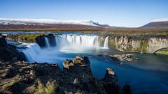 Goðafoss (Christoph Wenzel) Tags: landschaft island samyang12mmf20 sonyalpha6000 manuell herbst natur urlaub þingeyjarsveit norðurlandeystra is wasser wasserfall berg