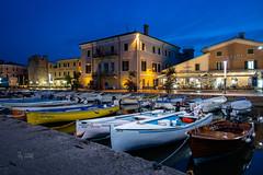 2018 Bardolino port at night (explore Nr. 380) (jeho75) Tags: sony rx100m3 zeiss italien italy italia bardolino nacht night port hafen gardasee lago di garda architektur achitecture old town