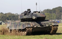 German Main Battle Tank Leopard 2A5 @ LKMT (stecker.rene) Tags: vera vera2 bundeswehr german army leopardii leo leoprad2 leopard kampfpanzer panzer tank mainbattletank combat cannon passive radar system lkmt osr mošnov ostrava morava czech republic 2a5 leopard2a5 modern battle tracked krausmaffei wegman nato natodays 2018 natodays2018 120mm ground forces germany heavy canon eos7d markii tamron 150600mm