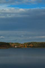 Między wodą a niebem (jacekbia) Tags: europa polska poland kurpie kurpiowska kraina niebo niebieski jesień autumn blue canon 1100d landscape krajobraz