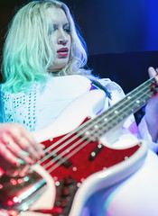 Holly West of Zepparella (acase1968) Tags: holly west zepparella concert bass bassist female blond blonde nikon howiees medford front street d750 nikkor 85mm f18g