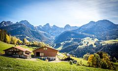 Ferme d'alpage (Kilian Savage) Tags: suisse gruyère enhaut chateaudoex montagne landscapes mountain paysages nature sauvage motherwood wild randonnée hiking chalet