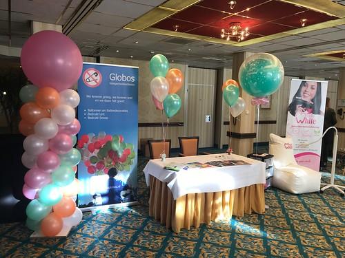 Ballonpilaar Breed Rond, Tafeldecoratie 3ballonnen, Tafeldecoratie 5ballonnen, Cloudbuster Rond Bruidsbeurs Carlton Oasis Hotel Spijkenisse