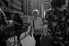 XT2J2403 (yipsinclair) Tags: hongkonginmyeyes hongkong streetphotography snap street blackwhite bw monochrome city urban fujixphotography fujifilm fujix xt2
