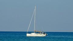 Yacht Esprit (RobW_) Tags: dirk annie michelle yacht esprit freddiesbar tsilivi beach zakynthos greece sunday 07oct2018 october 2018