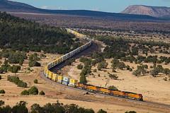 BNSF 3797 East at Pica, AZ  11/5/17 (Ray C. Lewis) Tags: railroad train railway bnsf burlingtonnorthernsantafe transportation freight intermodal arizona seligmansub northernarizona