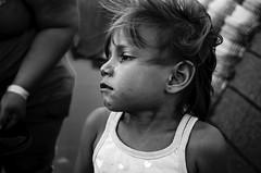 Triste Realidad (ivnpourtous) Tags: portraits retrato retratos portrait portraiture nikon cdmx caravanamigrante niñosmigrantes niños niño children child kids