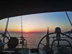 Questa sera bonaccia-This evening no wind (12) (johnfranky_t) Tags: barca timoni tramonto johnfranky t mare sardegna motore sole isole canne da pesca bandiera gommone