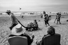Rockaway Beach, Oregon Coast. (Warfield360) Tags: kite festival oregon coast summer beach waves blackandwhite