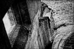 Architectural impact... (Mario Pellerito) Tags: canon eos 60d 50mm 14 allaperto architettura art bw biancoenero blackandwhite bn centrostorico cielo città italia italie italy leviedeitesori luce mare mariopellerito mistero monocromo palerme palermo panorama pov sicilia sicilie sicily sizilien sky tour tourist turismo unesco viaggiare