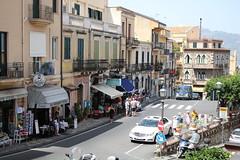 Taormina: Piazza S. Pancrazio (Helgoland01) Tags: taormina sicilia sizilien italia italien