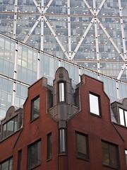 Bishopsgate tower (2 of 2) (vibrant-aero) Tags: london city bishopsgate skyscrapers