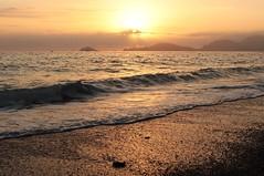 sunset at Punta Corvo beach - Liguria - Italy (Flavio Calcagnini) Tags: tramonto spiaggia liguria sun sunset punta corvo beach sole sea mare sabbia italy ligure mar golfo dei poeti landscape autumn isole palmaria tino tinetto paesaggio panorama flavio calcagnini photography