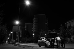 Emergency repair (pozzhe) Tags: bw kazan blackandwhite car monochrome night people