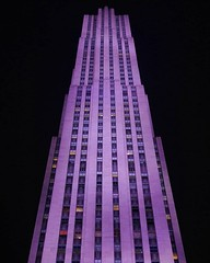 I took this pic last year in April as I was passing by the building. The lights really make it pop on a cold night. #bigapple #empirestate #manhattan #empirestatebuilding #newyorknewyork #newyorkcity #newyorker #empirestateofmind #igersnewyork #california (jtnpics) Tags: ifttt instagram i took this pic last year april was passing by building the lights really make it pop cold night bigapple empirestate manhattan empirestatebuilding newyorknewyork newyorkcity newyorker empirestateofmind igersnewyork californialife ilovenyc nyny iloveny igersnyc brooklyn ny newyorkstateofmind timessquare newyorklife nyclife bronx wildnewyork statenisland nycprimeshot igersofnyc welovethiscity