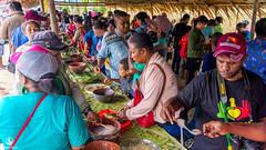 keramaian-festival-makan-papeda-kampung-abbar-9 (Agung Hari W) Tags: pulangkepapua abbar papeda papua sagu