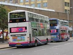 First West Lothian 37271 SN57JBU (rear) on loan at First Glasgow (J.G1004) Tags: firstglasgow first glasgow westlothian 37271 sn57jbu