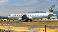 Airbus A320-211 C-FDQQ Air Canada (William Musculus) Tags: vancouver inter international airport spotting richmond britishcolumbia canada ca yvr cyvr cfdqq air airbus a320211 a320200 ac aca william musculus