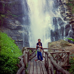 "Archived Memories. (ol'pete) Tags: scannednegatives thailand doiintanon nationalpark chiangmai waterfall เชียงใหม่ ""doiintanon"" ประเทศไทย เมืองไทย earthasia"