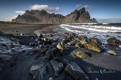 Vesturhorn-Islande-sébastien Rollandin (PhotoSeb photographies) Tags: islande iceland vesturhorn vestarhorn montagne mountain landscape paysage batmanmoutain stokksnes