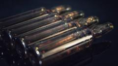 Ampollas o viales de inyectables (Marina Is) Tags: ampollas viales inyectables vacunas medicinas macromondays remedy macrofotografia hmm