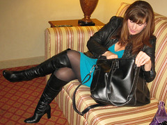 IMG_0962 (Lisa-Leather) Tags: boots leather jacket