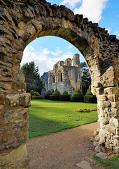 Ruins of Wenlock Priory, Much Wenlock, Shropshire (Baz Richardson (now away until 26 Oct)) Tags: shropshire muchwenlock wenlockpriory ruins oldbuildings englishheritage