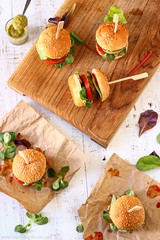 Sweet Chili Pesto Burger Sliders (katalaynet) Tags: follow happy me fun photooftheday beautiful love friends