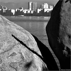Imagem Revelada Foto Marcus Cabaleiro Site: https://marcuscabaleirophoto.wixsite.com/photos Blog: http://marcuscabaleiro.blogspot.com/  #marcuscabaleiro #goes #guarujá #brasil #bw #sérietonsdecinza #fotografia #olhares #foto #photography #rochas #photogra (marcuscabaleiro4) Tags: brazil rochas brasil olhares nikon sérietonsdecinza olhar lego white marcuscabaleiro bw photographer natureza coresdobrasil detalhes monocolor goes praia black imagemrevelada fotografia pb foto 50tonsdecinza guarujá quebracabeça monochrome tonsdecinza photography