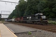 NS 6336 @ Woodbourne, PA (Dan A. Davis) Tags: csx ns norfolksouthern cp canadianpacific sd40e ac44cw k602 freighttrain railroad locomotive train pa pennsylvania woodbourne