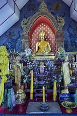 Wat Chai Phrakiat (Crisologo) Tags: thailand chiangmai templo buda tailandia religion templee statue watchaiphrakiat travel viaje