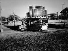 tempe PB027731 (m.r. nelson) Tags: tempe arizona az america southwest usa mrnelson marknelson markinaz streetphotography urban urbanlandscape artphotography documentaryphotography blackwhite bw monochrome blackandwhite grainy highcontrast noiretblanc