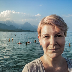 Rose on the beach (Melissa Maples) Tags: kemer turkey türkiye asia 土耳其 apple iphone iphonex cameraphone autumn square 11 me melissa maples selfportrait woman pinkhair blonde blue mountains 155beach beach mediterranean sea water