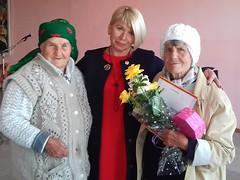 Е.Н.Стельмах с Акиме  Куртнезировой (слева) и Т.А.Данилевич (справа)