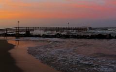 Spiaggia tramonto (berightbackblog) Tags: rimini romagna emiliaromagna italia italy mare streetart