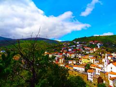 Sobral de São Miguel (António José Rocha) Tags: portugal beirabaixa aldeia sobraldesãomiguel casas nuvens cores paisagem