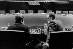 Stanley Kubrick and George C. Scott playing chess in the War Room, in a break during filming of Dr. Strangelove or: How I Learned to Stop Worrying and Love the Bomb, directed by Stanley Kubrick (1963-64; GB/United States). Production photo. © So (Craig Grobler) Tags: ckc1ne craiggrobler craigcalder london film uk theestablishingshot wwwtheestablishingshotcom theestshot attheestshot thestanleykubrickexhibition stanleykubrick exhibition filmexhibition designmuseum sony sonyalpha77 alpha77 panel props filmprops filmmaking janharlan alanyentob deyansudjic stuartbrown bfi aliceblack justinmcgurick mars