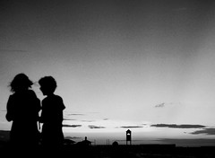 Sunlight goes out (fakedesire) Tags: fortaleza brasil brazil ceara for sunset bw canon t3i beach pier ponte