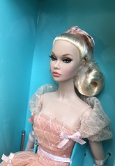 Peach Princess has arrived 🍑❤️😍😘 (duckhoa_le) Tags: 2018 sweetheart city pale bow photography gown amour miss club w skintone japan blonde pink 1960s 60s 1950s 50s parfait peach barbie toys integrity doll royalty fashion parker poppy