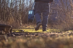 ([gegendasgrau]) Tags: photography fotografie explore mood moody ambiance atmo atmosphere atmosphäre moodporn feeling flavour documentation dokumentation reportage prettyshot lifestyle umwelt environment wetter weather urban urbanlife street urbandecay decay nature natureporn moodynature naturelovers ilovenature natur wildwuchs leben life bokeh bokehporn bokehlicious bokehaddicted sun sonne sunlight sunnyday light licht nrw ruhrpott ruhryork ruhrgebiet fashion sneakers turnschuh jogginghose bag beutel puma gras grass green grün walking afterwork adventure yardromance trainyard freightyard exploring graffitiwriter artist