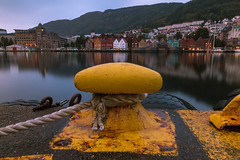 IMG_06773 (maro310) Tags: 2018 365project 70d bergen canon norvegia norway scandinavia building city cityscape colours countryside harbour longexposure marina mountain nyar outdoor reflection sightseeing spiegelung summer urban varosnezes water 250v10f