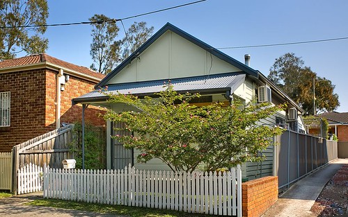19 Peel St, Belmore NSW 2192
